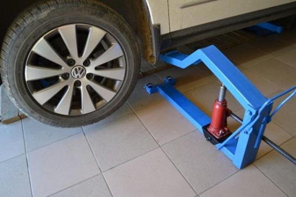 Самодельный подъемник для авто