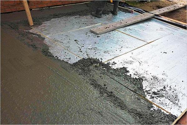 разлив бетона