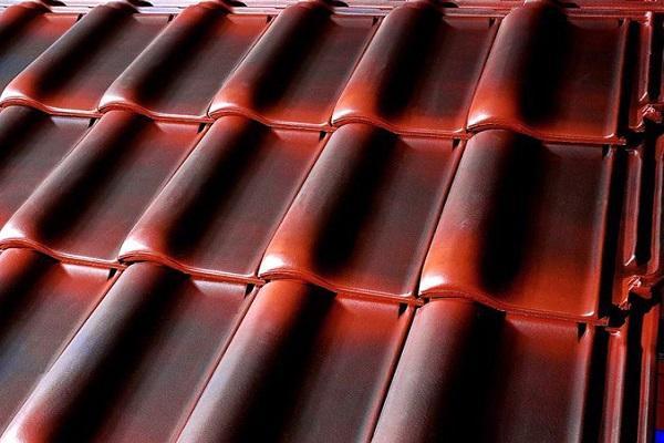 красный материал
