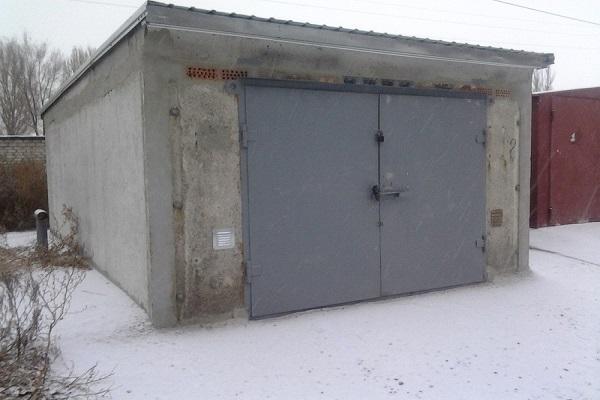 двери в гараж