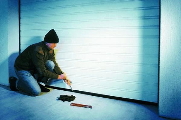 вскрытие гаража